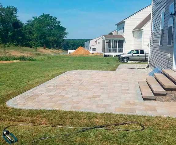 Concrete paving contractor
